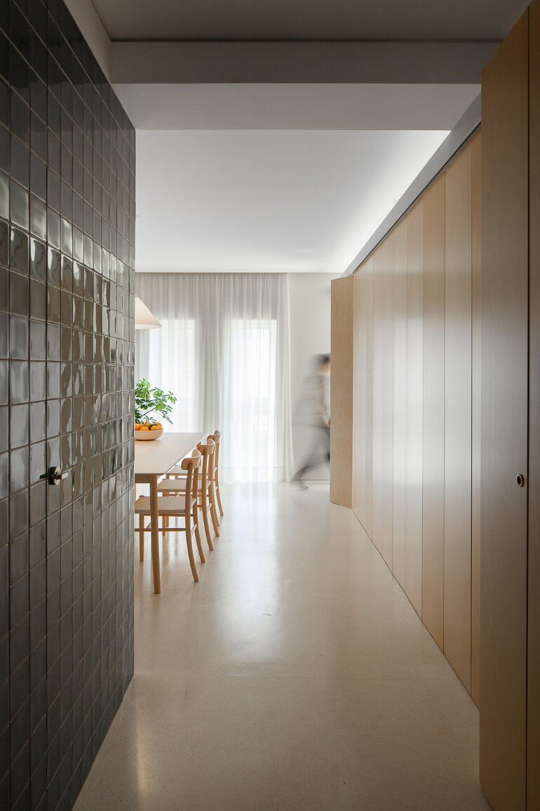 Forte Apartment was Turned to the Light by Merooficina (14)
