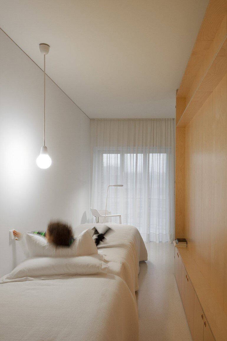 Forte Apartment was Turned to the Light by Merooficina (15)