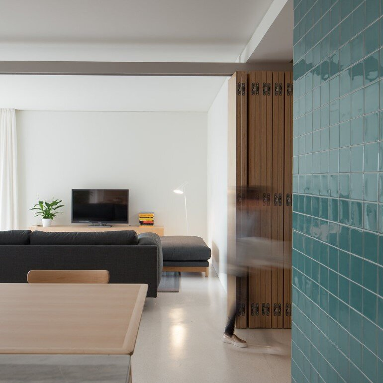 Forte Apartment was Turned to the Light by Merooficina (5)