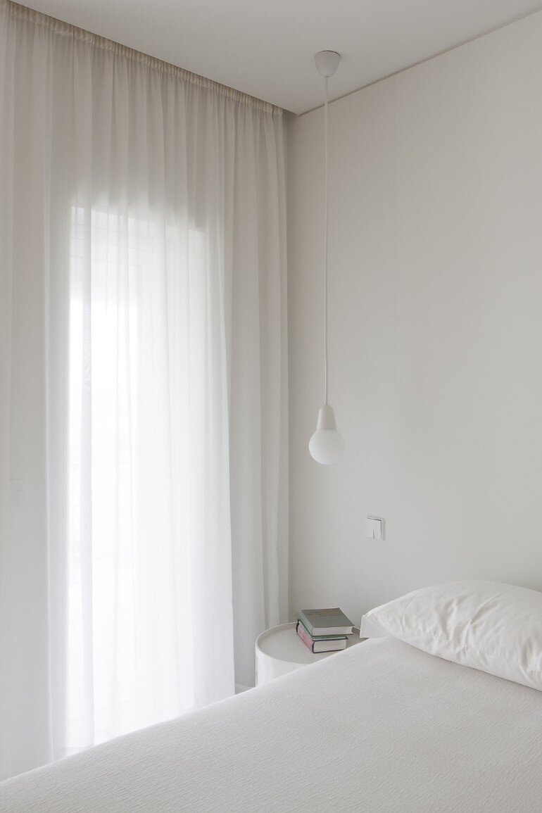 Forte Apartment was Turned to the Light by Merooficina (6)