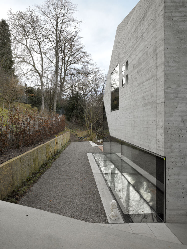 House 36 is Shaped like a Mountain Crystal Stuttgart (9)