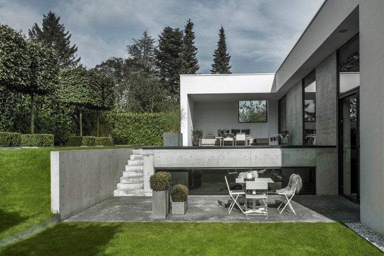 L-shaped Nordic House Featuring Four Split-Levels and Integrated Garage (24)