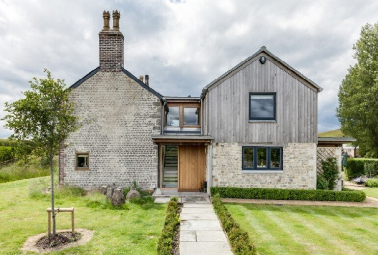 Laurel House - Contemporary Extension for a Delightful Traditional Cottage (15)
