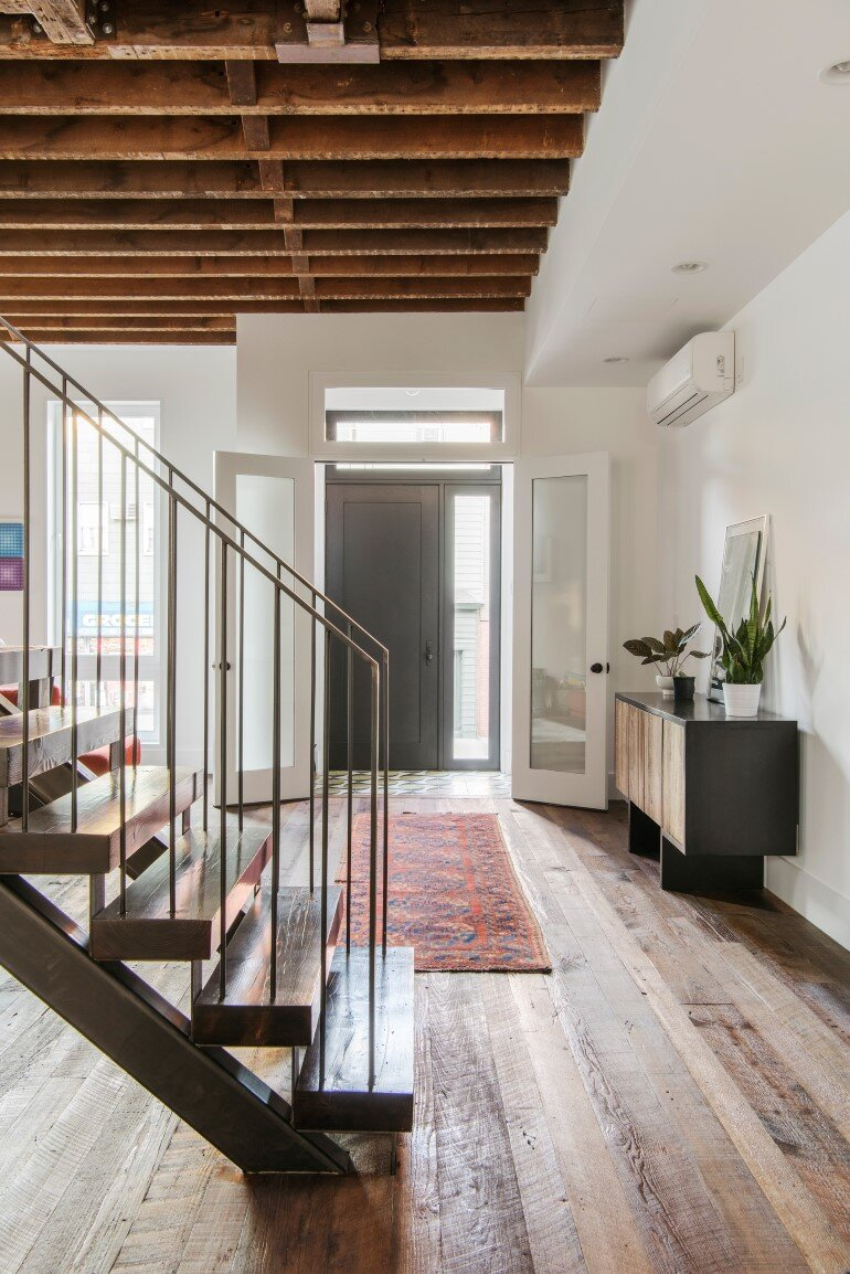 Lorimer Street Townhouse - Loft Home for a Family of Four (6)