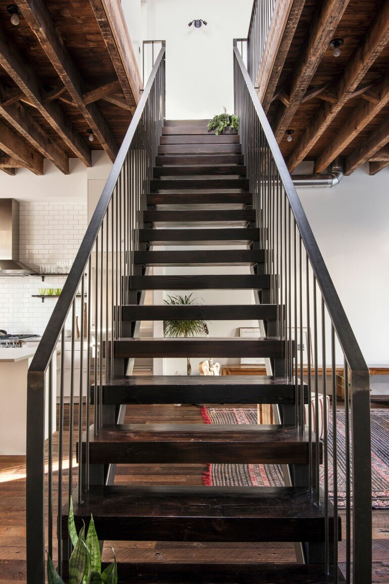 Lorimer Street Townhouse - Loft Home for a Family of Four (7)