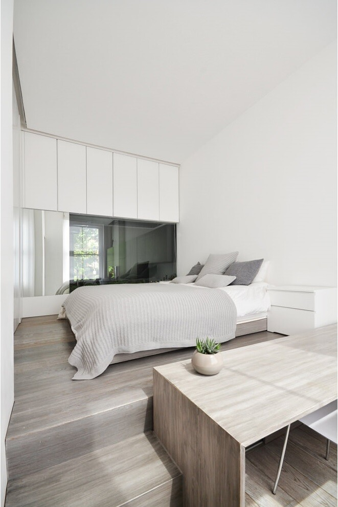 Nevern Square Apartment Has a Highly Optimized and Bespoke Design (16)