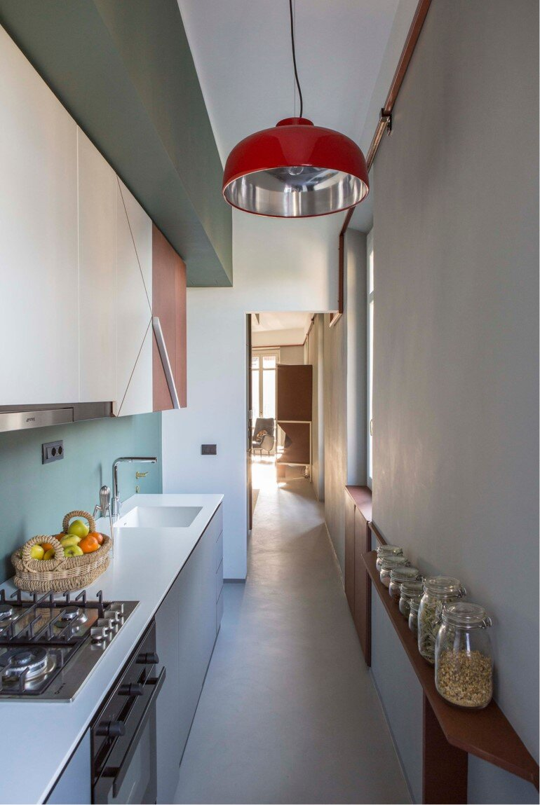 Promenade Apartment - Yellow and Gray Colors Give a True Retro Touch (10)