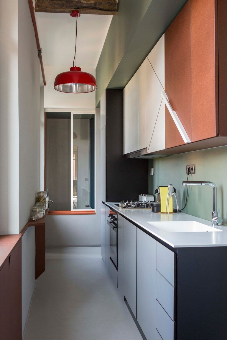 Promenade Apartment - Yellow and Gray Colors Give a True Retro Touch (3)