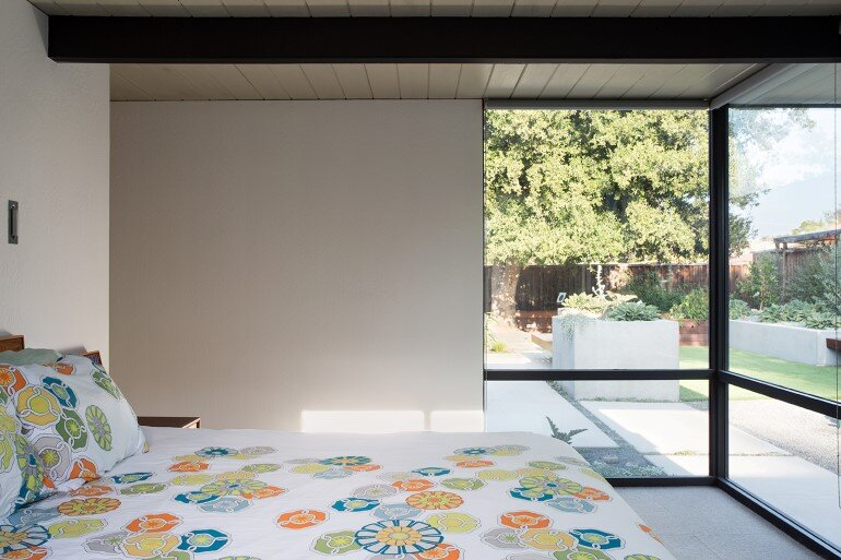 Renewed Classic Eichler Home in Silicon Valley by Klopf Architecture (19)