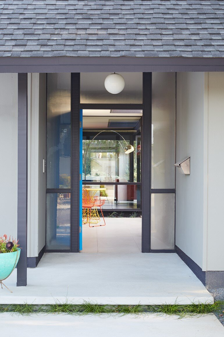 Renewed Classic Eichler Home in Silicon Valley by Klopf Architecture (21)