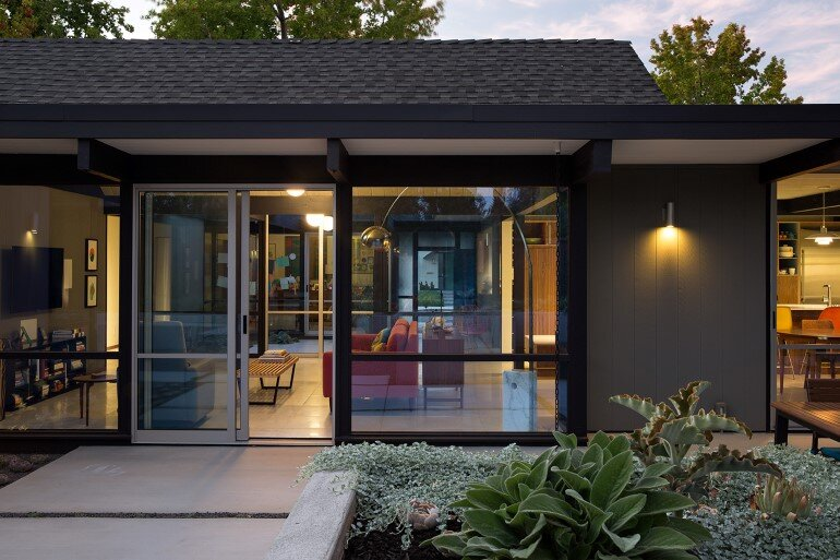 Renewed Classic Eichler Home in Silicon Valley by Klopf Architecture (6)