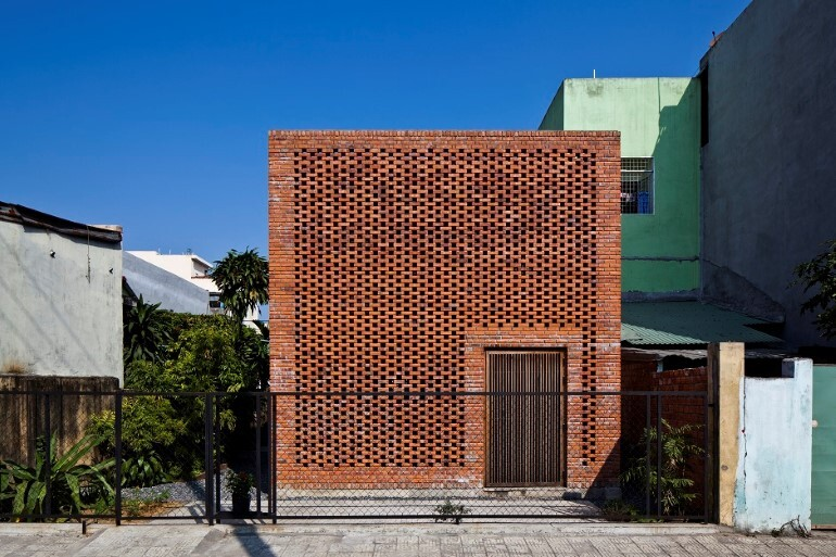 Termitary House Has an Architecture Inspired by Termite Nests (1)