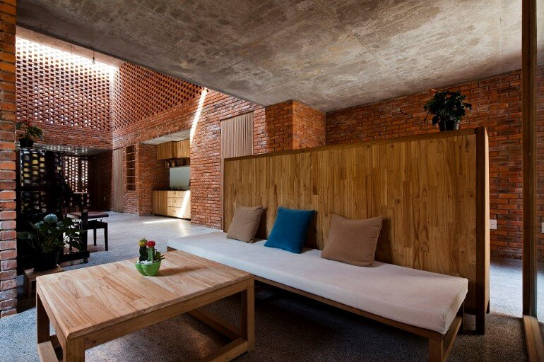 Termitary House Has an Architecture Inspired by Termite Nests (8)