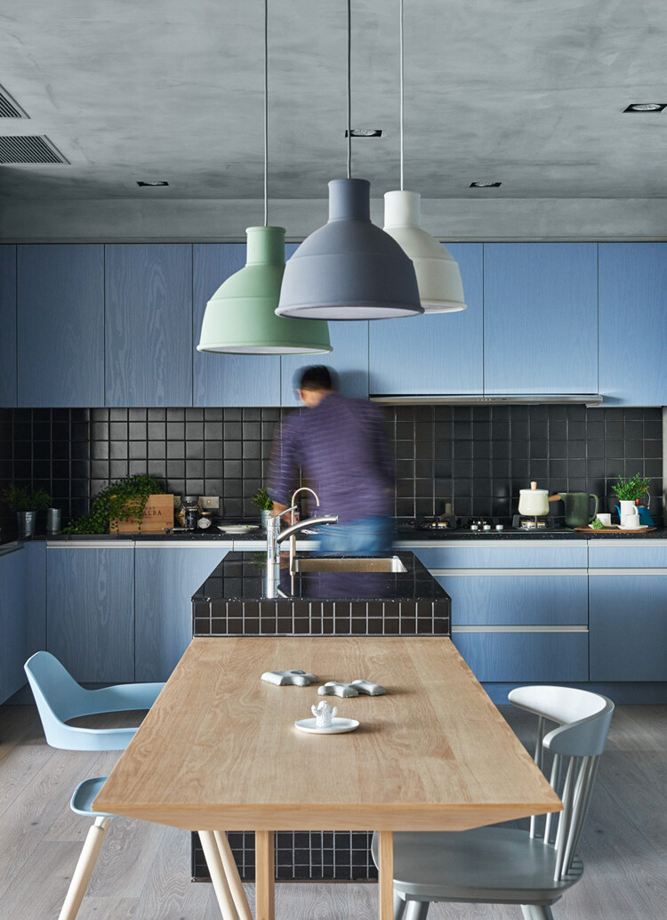 This Family Apartment is A Boundless Space of Joy and Delectable Delights (6)