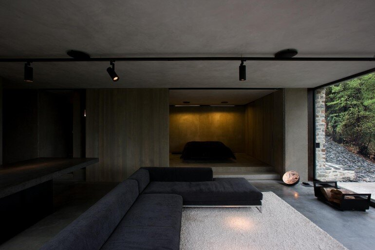 This Mountain Retreat is a Subtle Insertion in the Alpine Landscape (4)
