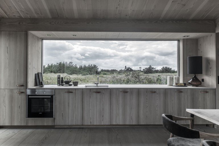 This Summer Cottage Was Designed as a Solid Wooden Block (6)