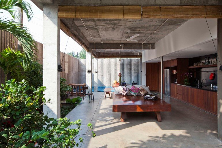 Tropical Suburb House - Revisits the Vernacular South East Asian Stilt House Typology (17)