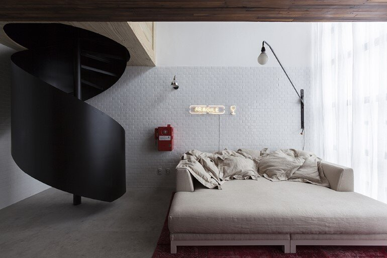 Two Story Apartment With Clever Design Solutions  Sao Paulo (7)