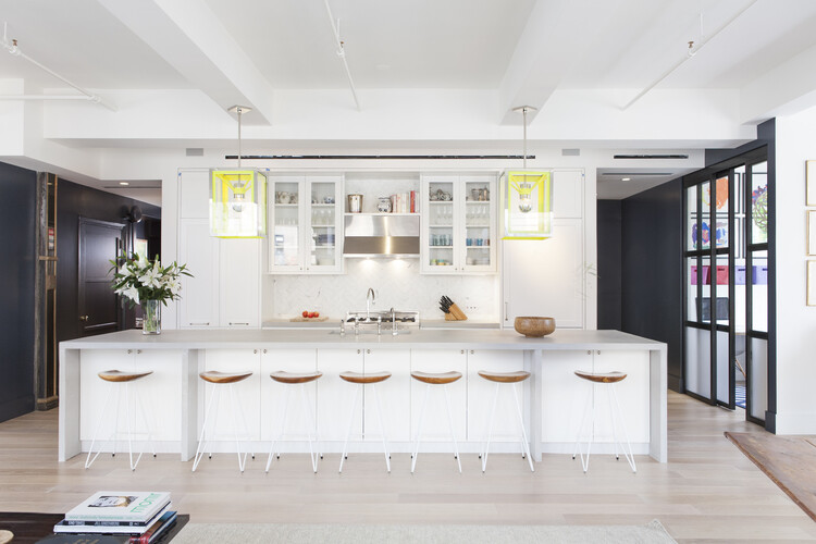 West 29th Street Loft in Silicon Valley for a Family with Four Kids (1)