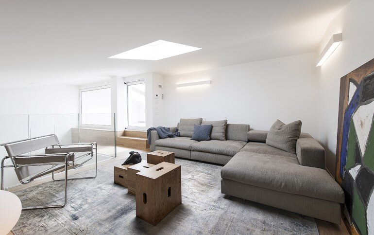 Casa Tag - Stylish and Minimalist Home in Italy (17)