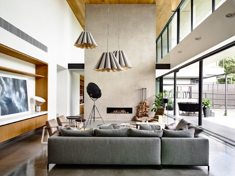 Concrete House Provide Strong Visual Connections Between Levels (18)