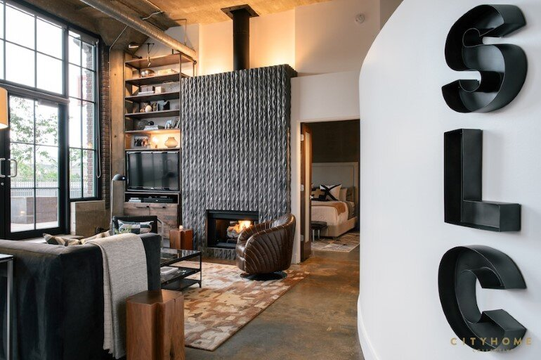 Industrial Loft With Gothic Accents in Salt Lake City (2)