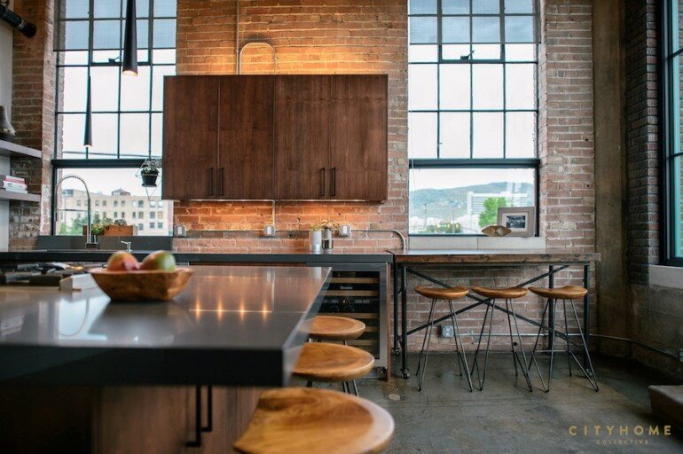 Industrial Loft With Gothic Accents in Salt Lake City (4)