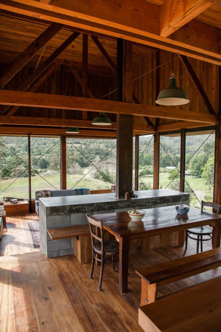 K Valley House - A Retreat for Film Makers by Herbst Architects (13)
