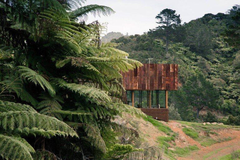 K Valley House - A Retreat for Film Makers by Herbst Architects (4)