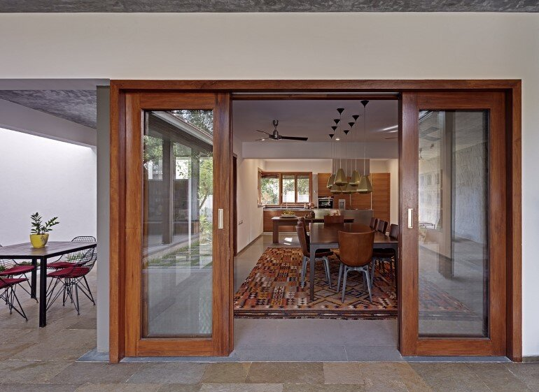 Krishnan house by Khosla Associates (12)