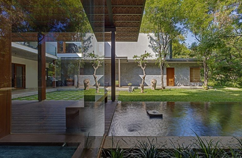 Krishnan house by Khosla Associates (18)