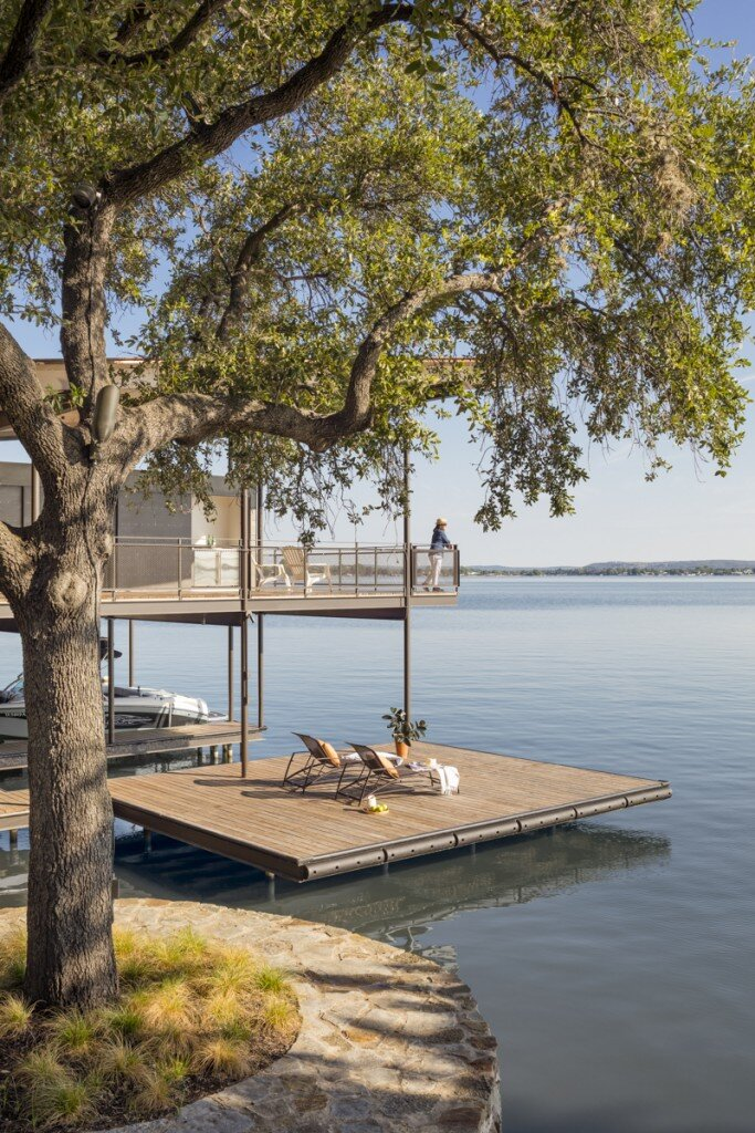 Lakeside House rises above the trees for 180-degree views (12)