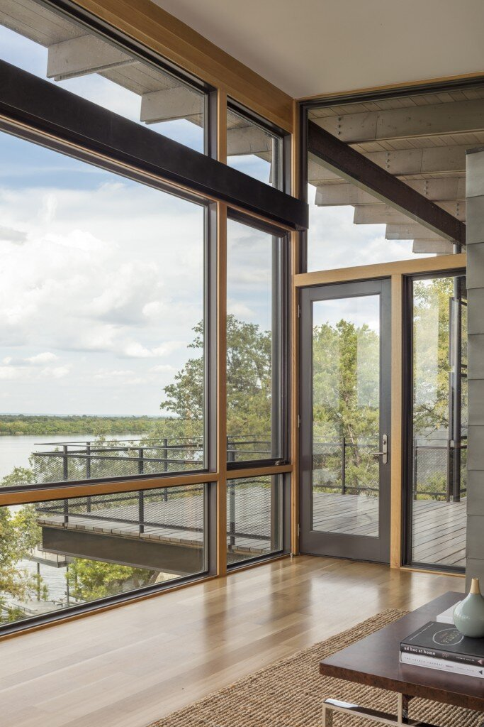 Lakeside House rises above the trees for 180-degree views (17)