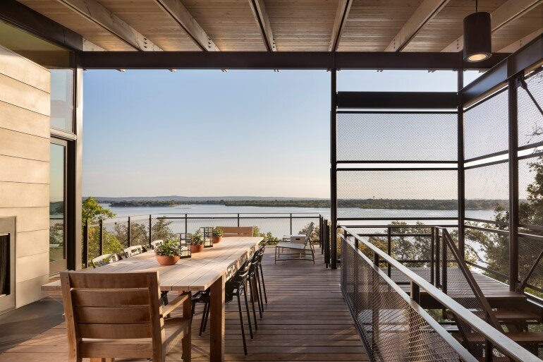 Lakeside House rises above the trees for 180-degree views (2)