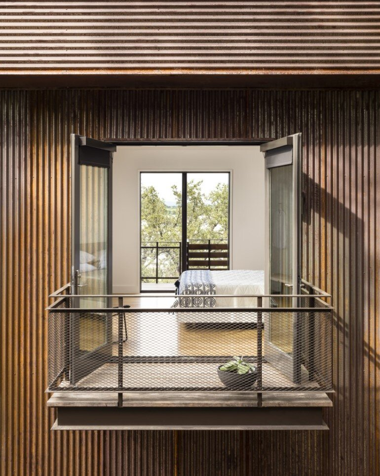 Lakeside House rises above the trees for 180-degree views (6)