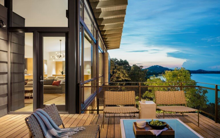 Lakeside House rises above the trees for 180-degree views (9)