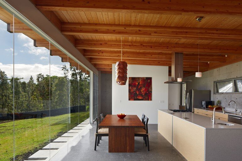 Lavaflow House in Hawaii by Craig Steely Architecture (10)