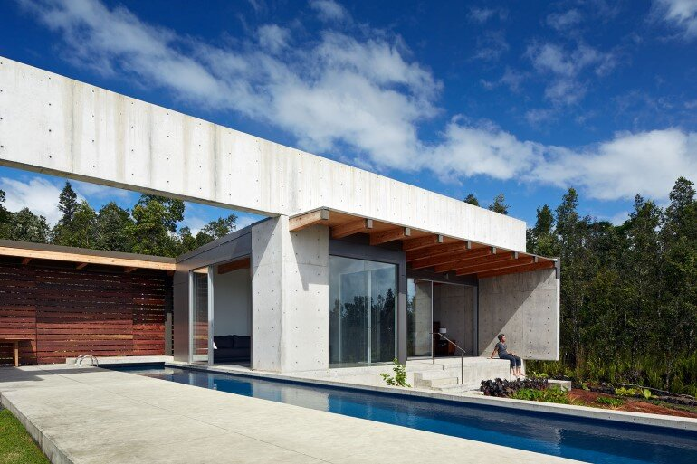 Lavaflow House in Hawaii by Craig Steely Architecture (5)