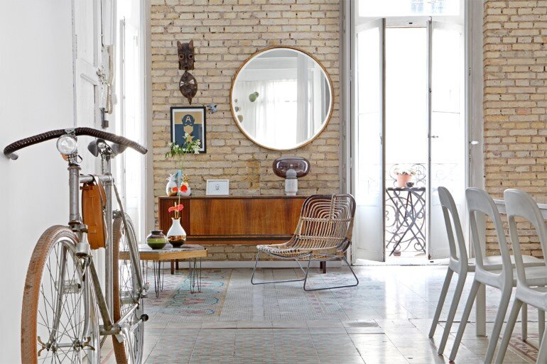 Loft in Valencia - Unmistakable Bohemian Bourgeois Décor (6)