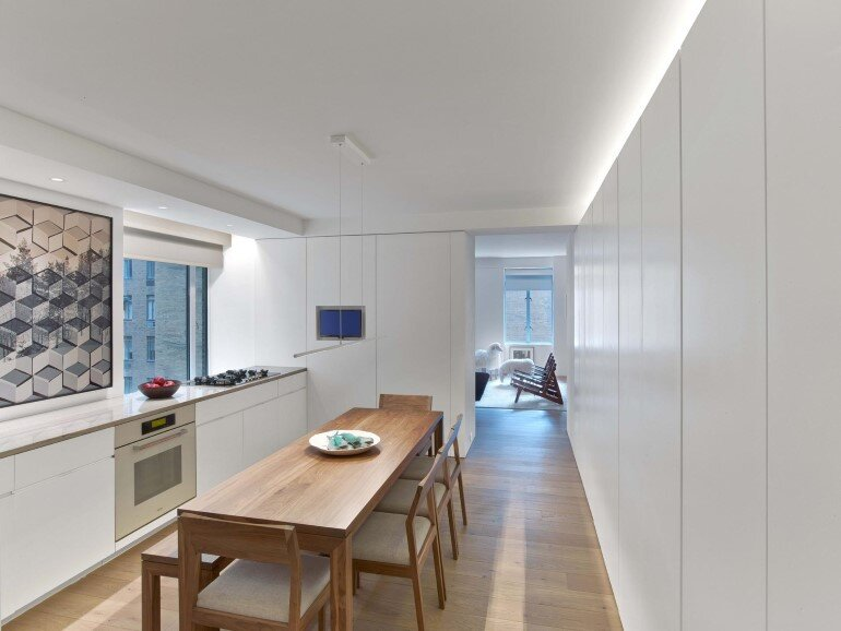 Minimalist Design and Organic Touches in Central Park West Apartment (9)