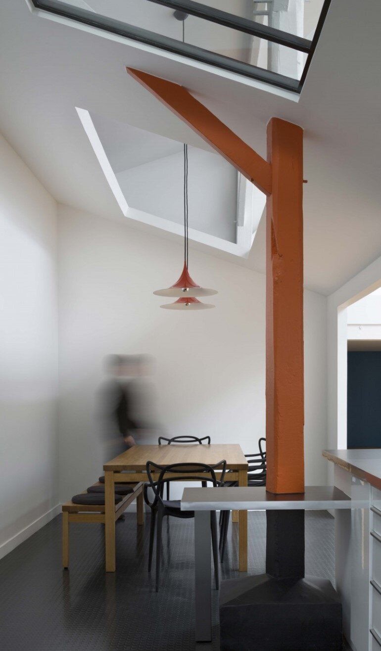 Old Carpentry Transformed into a Light-Filled Loft (3)