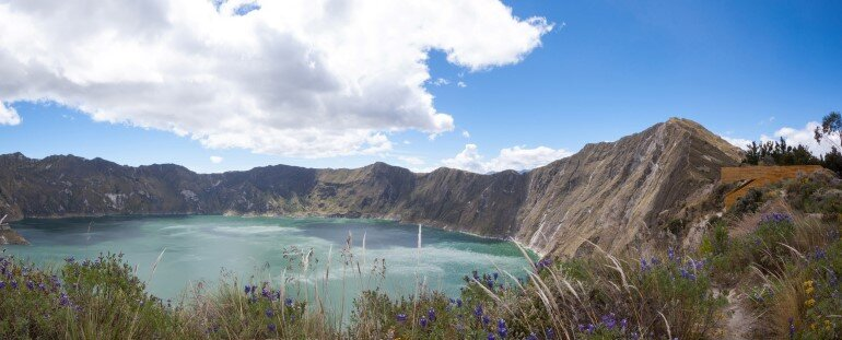 Quilotoa Overlook is Located in the Top Edge of the Crater of an Active Volcano (8)