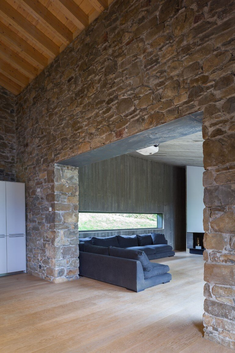 Rebuilding and Extension of the Farmhouse Can Calau (15)