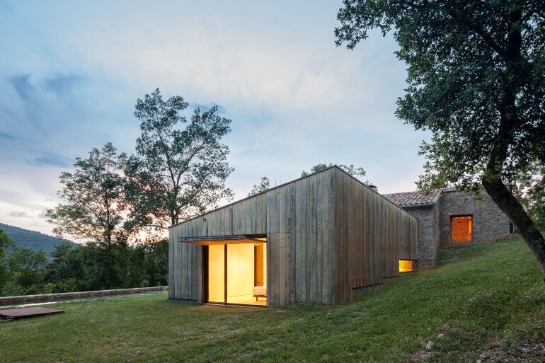 Rebuilding and Extension of the Farmhouse Can Calau (2)