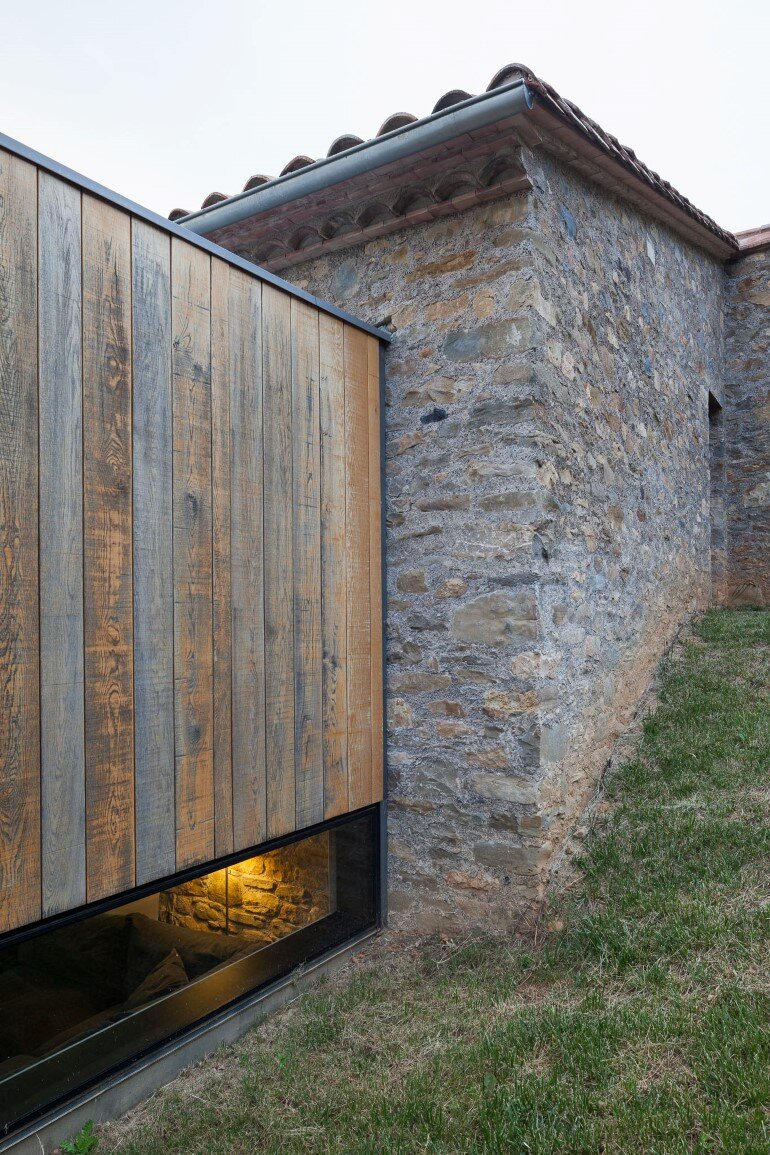 Rebuilding and Extension of the Farmhouse Can Calau (22)