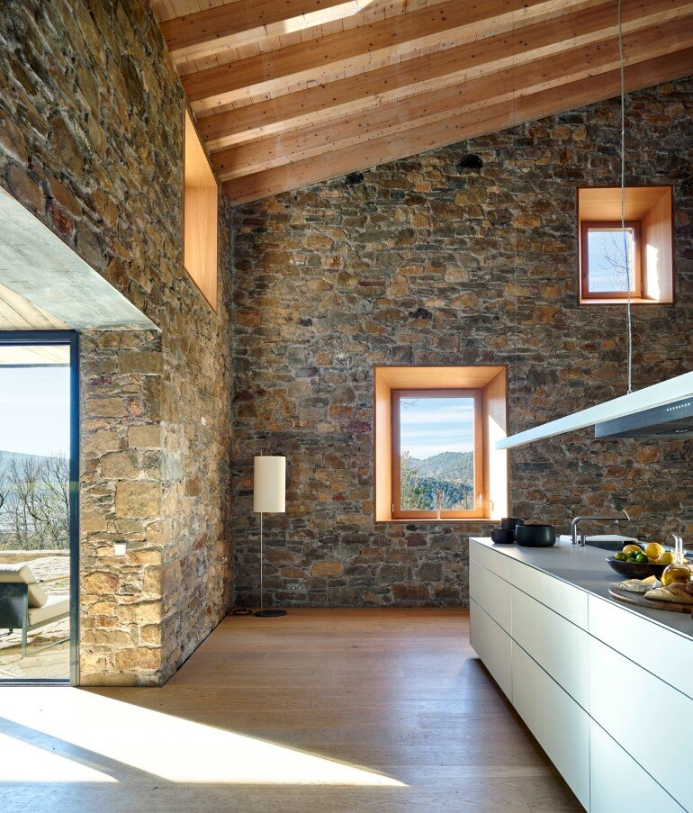 Rebuilding and Extension of the Farmhouse Can Calau (4)