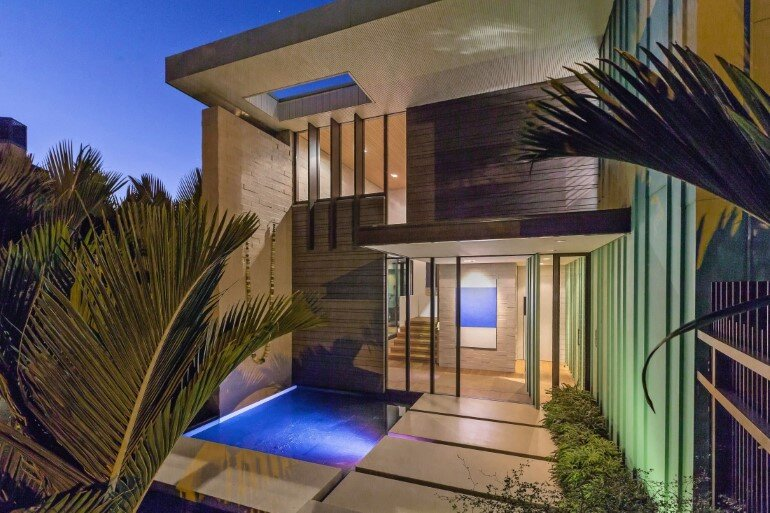 Spectacular Clifftop House in Auckland by Xsite Architects (15)