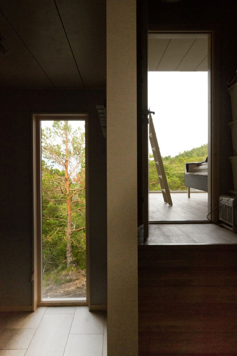 Straumsnes Holiday Cabin - Views Over a Norwegian Fjord 7