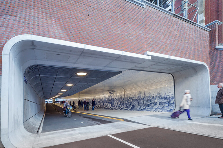 The Cuyperspassage at Amsterdam's Central Station is Decorated with 80,000 Hand-Painted Tiles (1)