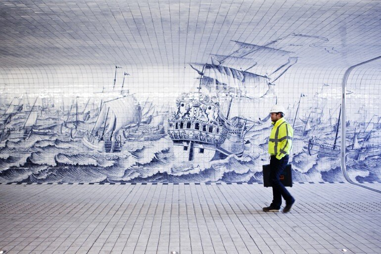 The Cuyperspassage at Amsterdam's Central Station is Decorated with 80,000 Hand-Painted Tiles (3)